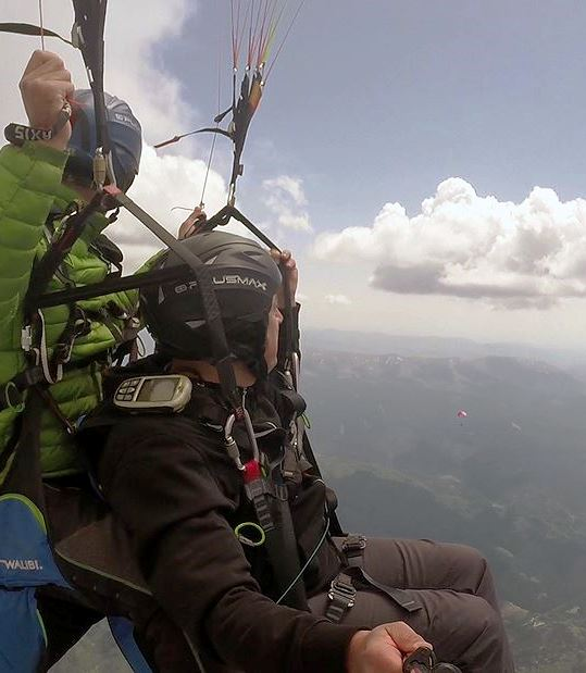 Altitude observing nature - paragliding in Brasov